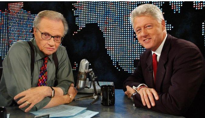 Larry King (left) with former US President Bill Clinton