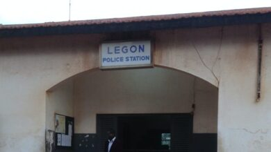 Legon Police Detaine The Finder  Newspaper Reporter for Secretly Recording Video of a Police Officer. 2