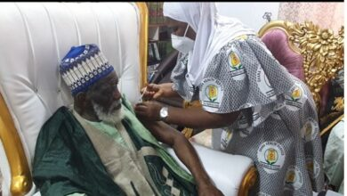 Chief Imam, Islamic Leaders Take Covid-19 Vaccine 2